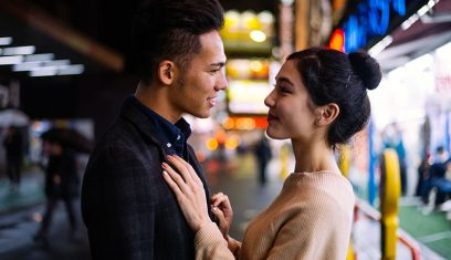 How to Read the Signs Your Guy Means It When He Says