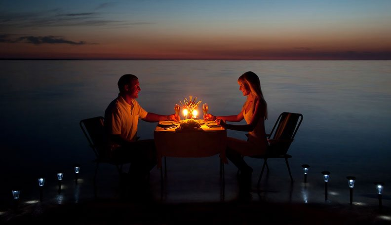 romantic dinner date ideas