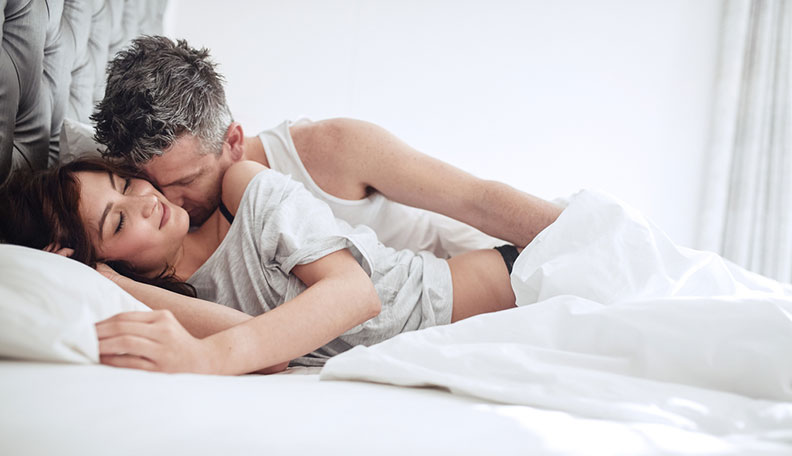 Spooning Sex