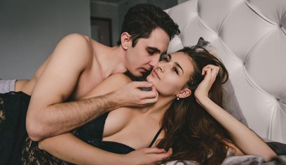 Signs Your Girlfriend Isn't Sexually Attracted to You